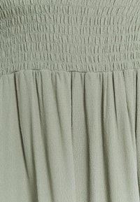 Bruuns Bazaar - LILLI SASANE DRESS - Day dress - seagrass - 2