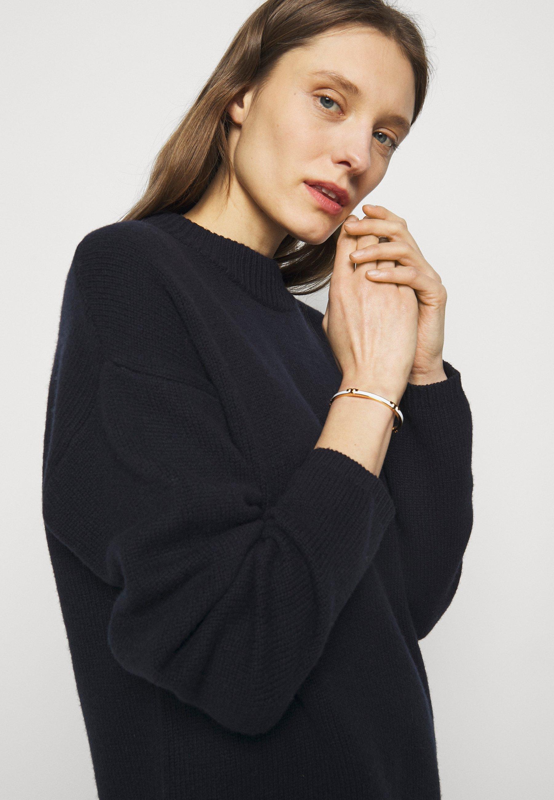 Women SERIF STACKABLE BRACELET - Bracelet