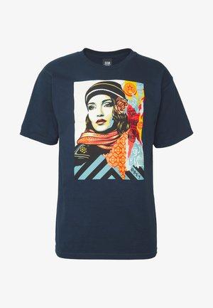 OBEY FIRE - Camiseta estampada - navy