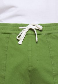 Jack´s Sportswear - DRAWSTRING - Shorts - oliv - 4