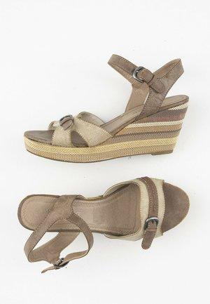 Sandalen met hoge hak - brown