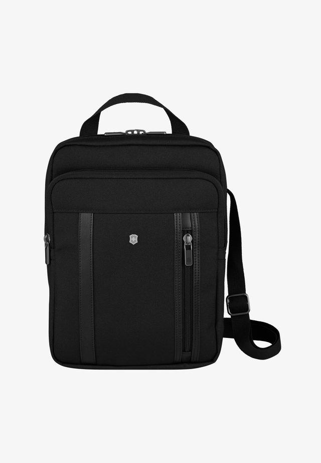 WERKS PROFESSIONAL - Across body bag - black