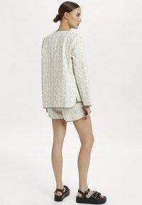 Soaked in Luxury - SLBANKS - Light jacket - viol print whisper white - 2