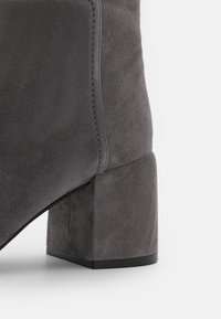 Casadei - Vysoká obuv - gravity grey - 4
