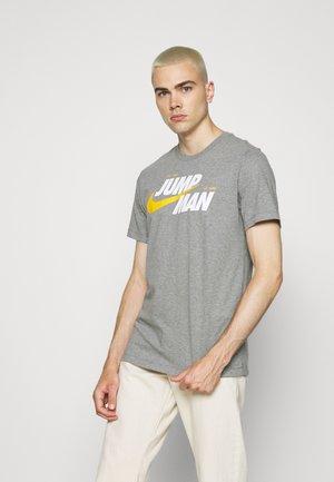 CREW - Print T-shirt - carbon heather