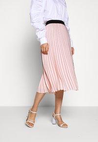 KARL LAGERFELD - PIN STRIPE PLEATED SKIRT - A-line skirt - rose smoke - 0