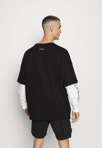 Mennace - LAYERED TEE - Longsleeve - black - 2