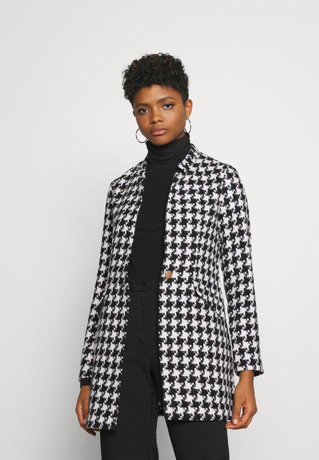 ONLCOLE CHECK COAT - Manteau court - white/black