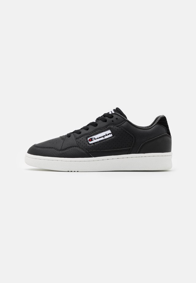 LOW CUT SHOE CLEVELAND - Sportschoenen - new black