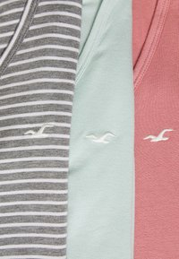 Hollister Co. - EASY 3 PACK - Print T-shirt - grey/dusty rose/surf spray - 5