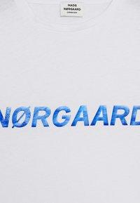 Mads Nørgaard - DIP TUVINA - T-Shirt print - white - 2