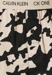 Calvin Klein Underwear - ONE LOUNGE SLEEP SHORT - Pyjama bottoms - charming khaki - 2