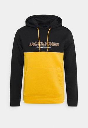 JJEURBAN BLOCKING HOOD - Sudadera - golden orange