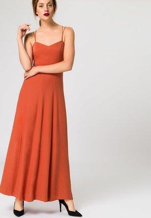 EVENING STRAP DRESS - Długa sukienka - roasted coral
