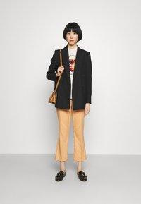 PS Paul Smith - WOMENS - Print T-shirt - beige - 1