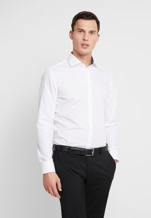 SLIM FIT SPREAD KENT PATCH - Kostymskjorta - white