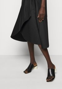 Henrik Vibskov - BLAZE DRESS PLISSÉ - Day dress - black - 5