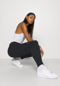Nike Sportswear - PANT  - Joggebukse - black/black - 4