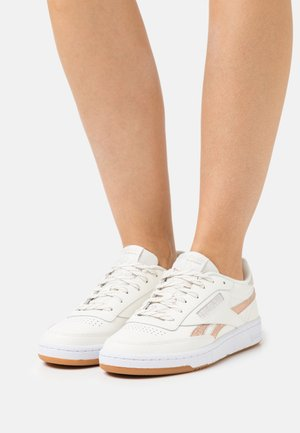 CLUB C 85 - Sneakers laag - chalk/golden bronze /stucco