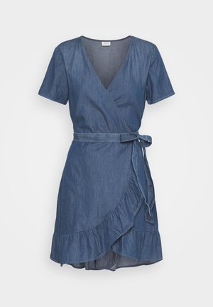 JDYBELLA LIFE WRAP DRESS - Dongerikjole - medium blue denim