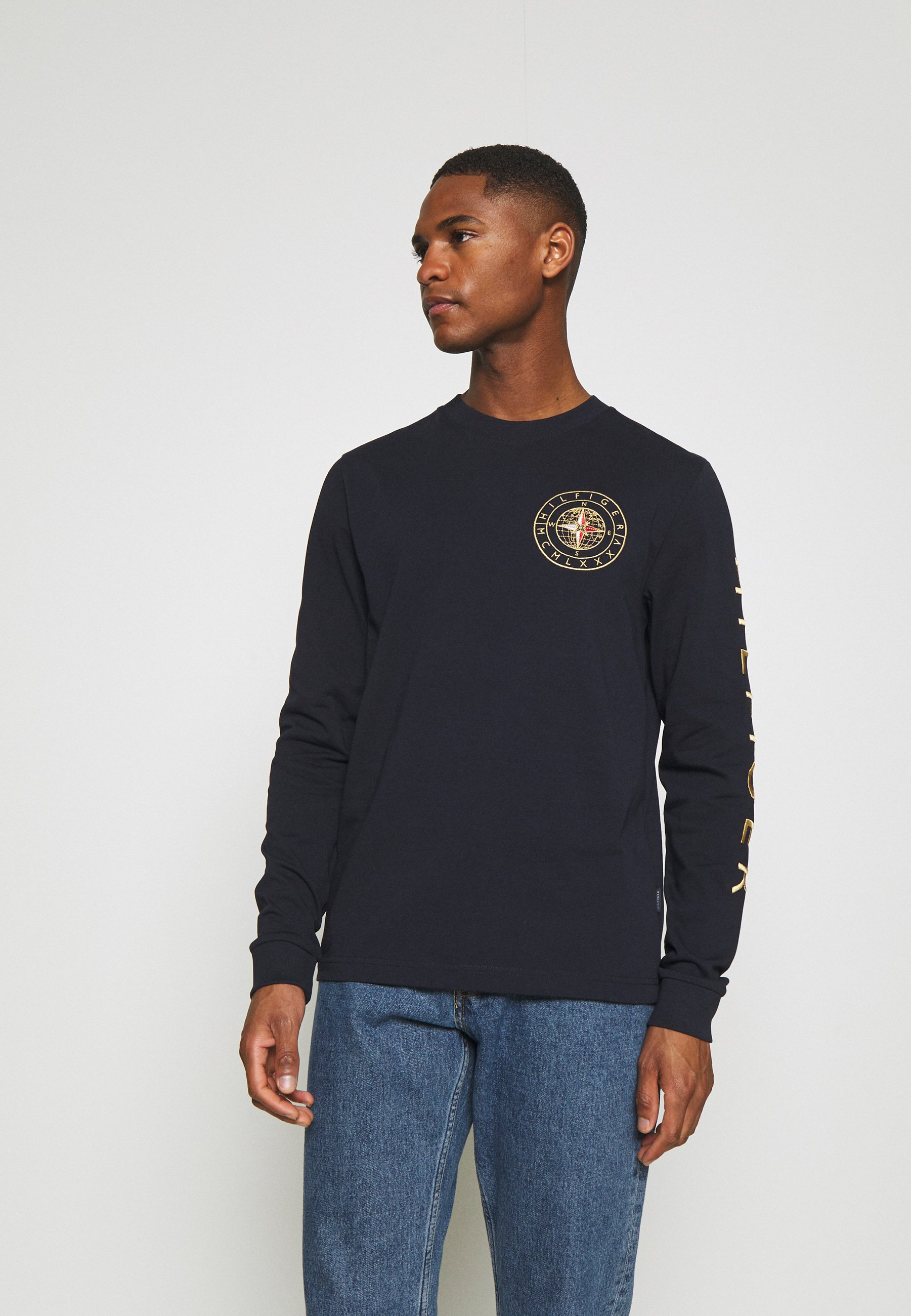 Men ICON ROUNDALL LONG SLEEVE - Long sleeved top