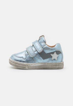 DOLBY - Zapatos con cierre adhesivo - ice