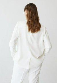 Violeta by Mango - VERONICA - Short coat - benvit - 2