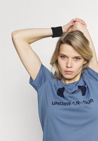 Under Armour - LIVE SPORTSTYLE GRAPHIC - Print T-shirt - mineral blue - 3