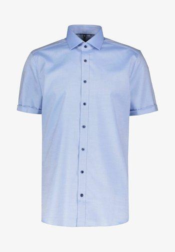 BODY FIT KURZARM - Shirt - bleu