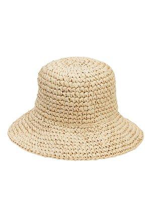 NEUTRAL BUCKET STRAW HAT - Hat - beige