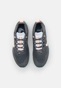 Nike Performance - WILDHORSE 7 - Zapatillas de trail running - iron grey/football grey/neptune green/crimson tint - 3