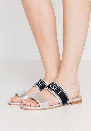 Pantofle - argento laminato