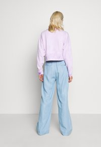 Guess - IRINA PANT - Flared Jeans - water - 2