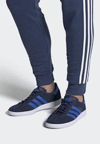 adidas Originals - JOGGER - Trainers - blue - 0