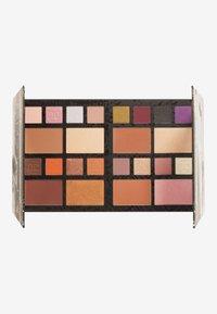 Makeup Revolution - REVOLUTION X DC UNIVERSE LARGE PALETTE - Eyeshadow palette - dc universe - 2