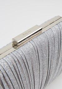 Mascara - Clutch - silver - 6