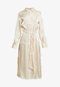 SHINY LONG DRESS - Vestido camisero - pearl