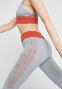 Yogasearcher - RUDRA LEGGING - Collants - opale - 5