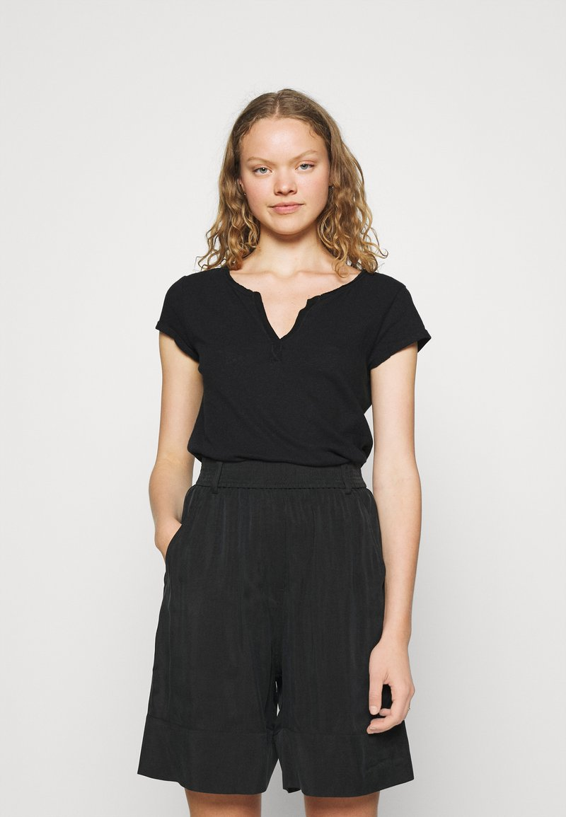 Mos Mosh - TROY TEE - Jednoduché triko - black