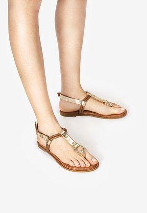 T-bar sandals - mntrl gold ngl