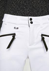Superdry - SLALOM SLIM - Spodnie narciarskie - white - 5
