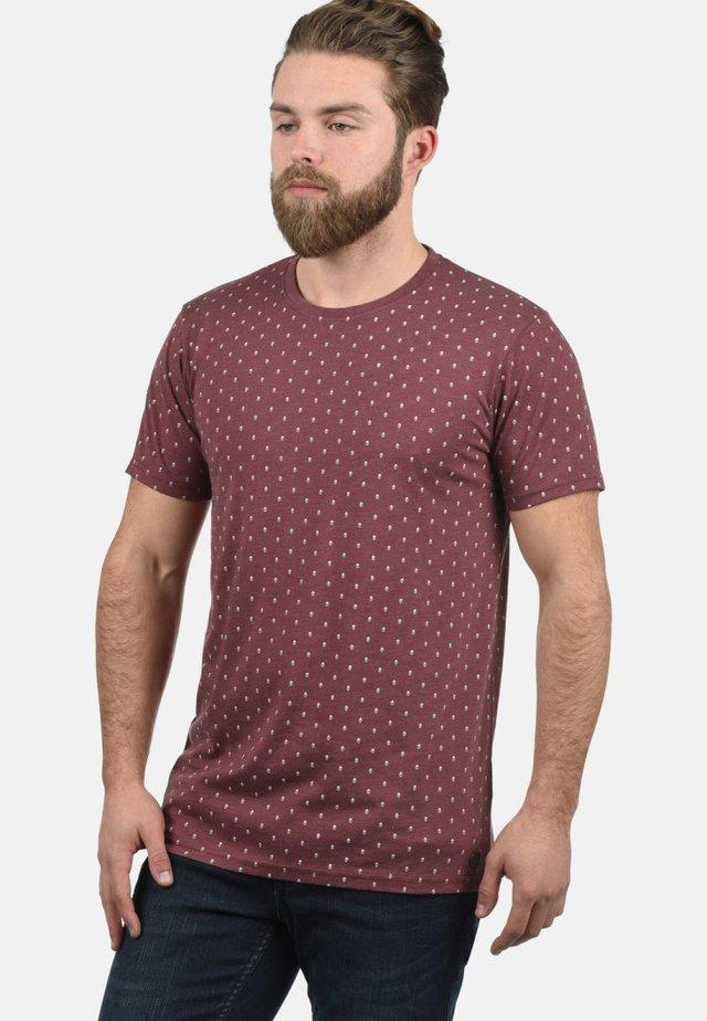 RUNDHALSSHIRT AARON - T-shirt print - wine red melange