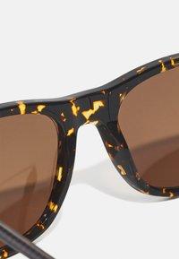 Lacoste - UNISEX - Sunglasses - dark havana - 2