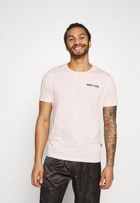 YOURTURN - T-shirt z nadrukiem - pink - 2