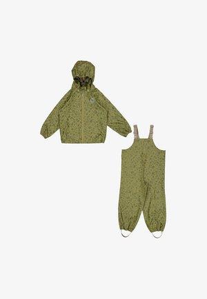 Suit jacket - olive storage
