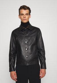 Theory - PATTERSON LEATHER OVERSHIRT - Leather jacket - black - 0