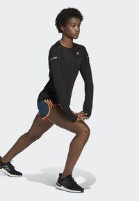 adidas Performance - Marathon 20 SHORT RESPONSE AEROREADY RUNNING REGULAR SHORTS - Urheilushortsit - wild teal/screaming orange - 1