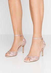 Paradox London Pink - LATOYA - Sandali con tacco - blush - 0