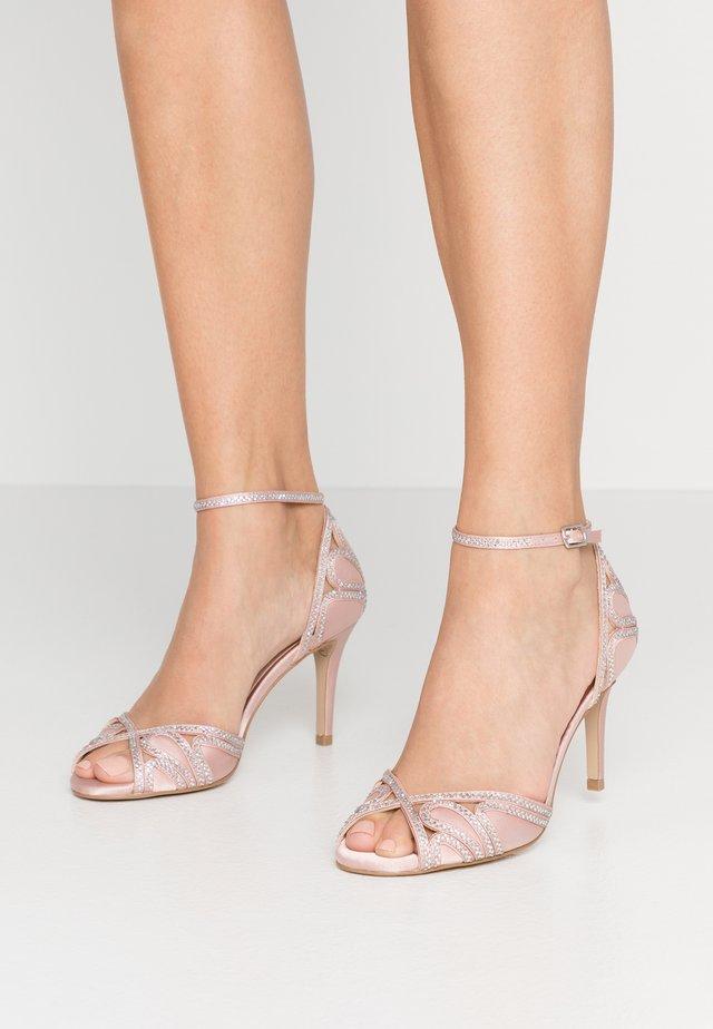 LATOYA - Sandały na obcasie - blush