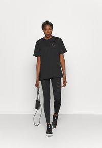 adidas by Stella McCartney - TEE - T-shirt z nadrukiem - black - 1